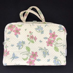 Crabtree & Evelyn Travel case